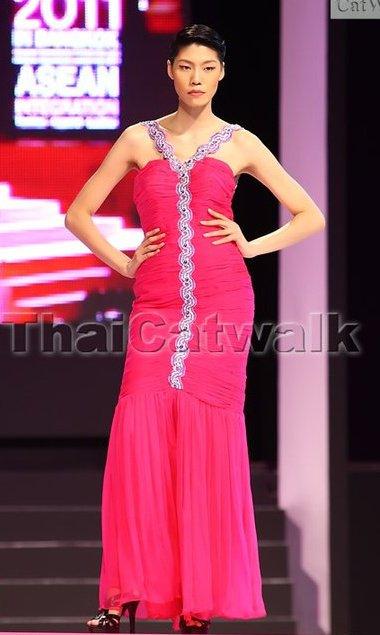 Pim_Asian Female Model