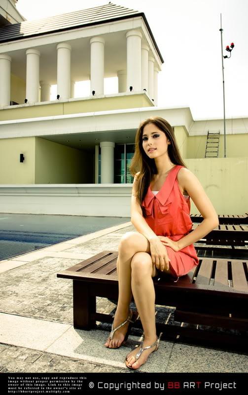 """Photographed by """"Ekayuth Bom Punnasuriyapo?n"""""""