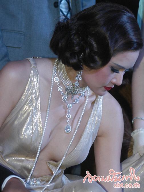 จันดารา ปฐมบท-Jan Dara 2012-Yayaying-Rhatha Phongam (8)