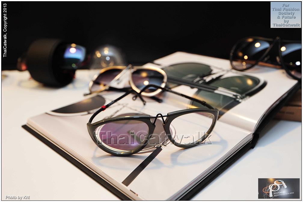 pq Eyewear by Ron Arad_Yayaying-Rhatha Phongam (ญาญ่าญิ๋ง-รฐา โพธิ์งาม)_New-Chaiyapol Julien Poupart (นิว ชัยพล จูเลี่ยน พูพาร์ค)_MSI_Modeling_39