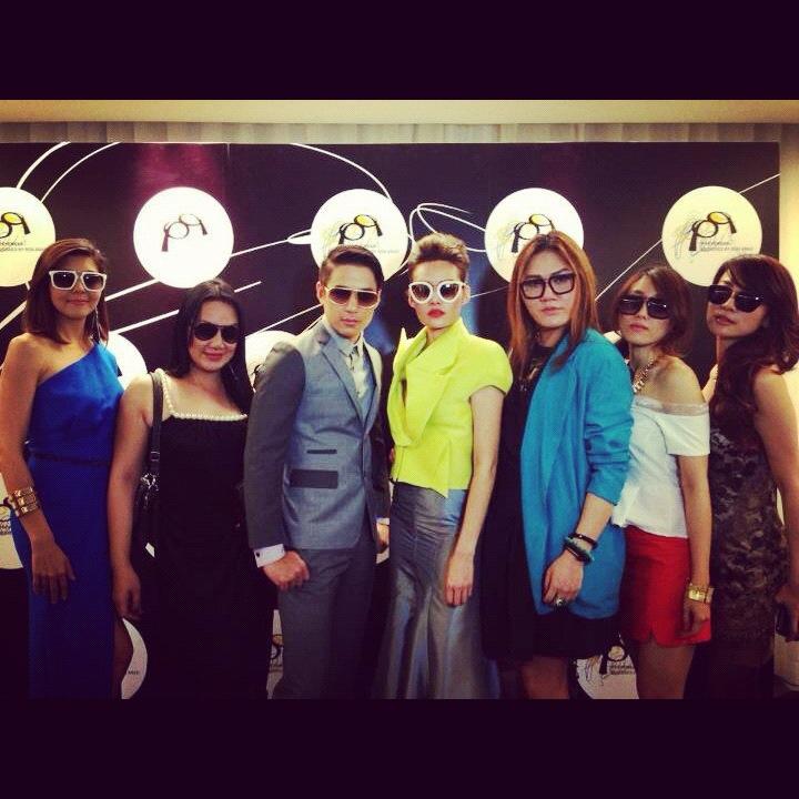 pq Eyewear by Ron Arad_Yayaying-Rhatha Phongam (ญาญ่าญิ๋ง-รฐา โพธิ์งาม)_New-Chaiyapol Julien Poupart (นิว ชัยพล จูเลี่ยน พูพาร์ค)_MSI_Modeling_17