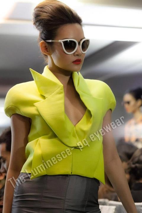 pq Eyewear by Ron Arad_Yayaying-Rhatha Phongam (ญาญ่าญิ๋ง-รฐา โพธิ์งาม)_New-Chaiyapol Julien Poupart (นิว ชัยพล จูเลี่ยน พูพาร์ค)_MSI_Modeling_22