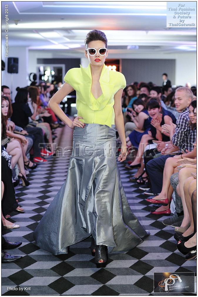 pq Eyewear by Ron Arad_Yayaying-Rhatha Phongam (ญาญ่าญิ๋ง-รฐา โพธิ์งาม)_New-Chaiyapol Julien Poupart (นิว ชัยพล จูเลี่ยน พูพาร์ค)_MSI_Modeling_29