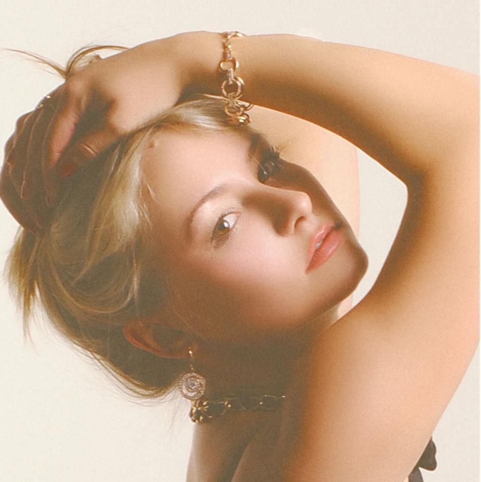 Julia K@Model Society International (MSI) Modeling Agency in Bangkok Thailand By Miss Josie Sang (2)