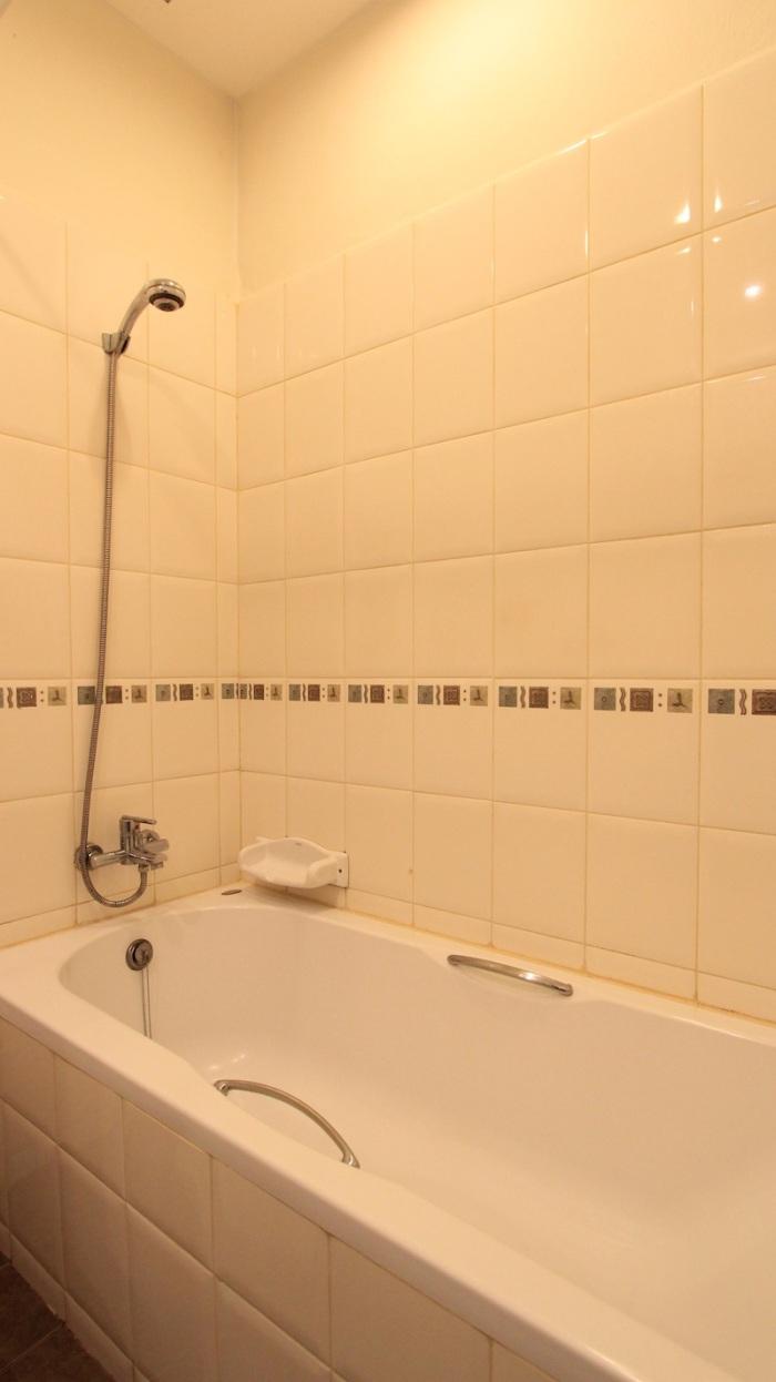 1 Bed Room Suites-Sarin Suites Sukhumvit Apartment For Rent_201 (4)