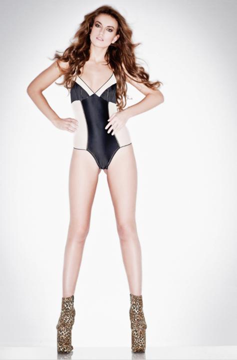 Heidi Lushtaku@Model Society International (16)