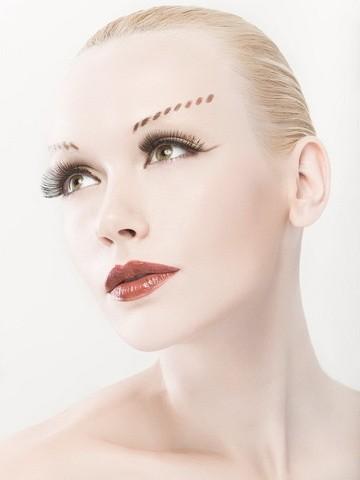 Professional Make Up Artist – Natalie Lorence (1)