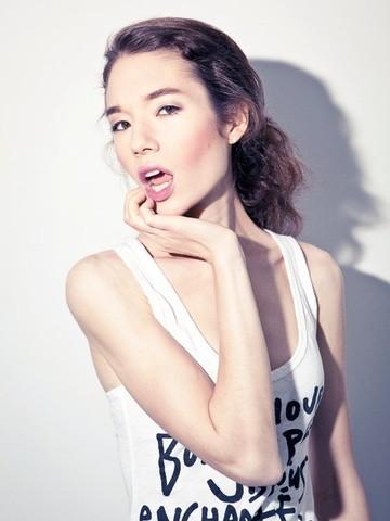 Professional Make Up Artist – Natalie Lorence (15)