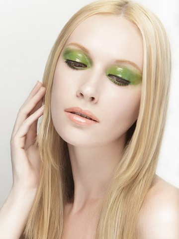 Professional Make Up Artist – Natalie Lorence (3)
