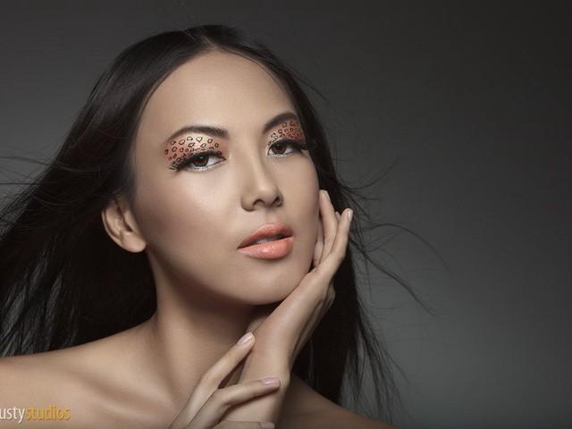 Professional Make Up Artist – Natalie Lorence (8)